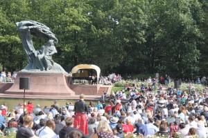 statue de Chopin parc Lazienki